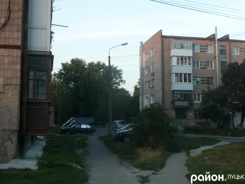 З понеділка займусь цим питанням, - Іан Корчук про дитячий майданчик на вул. Дорошенка