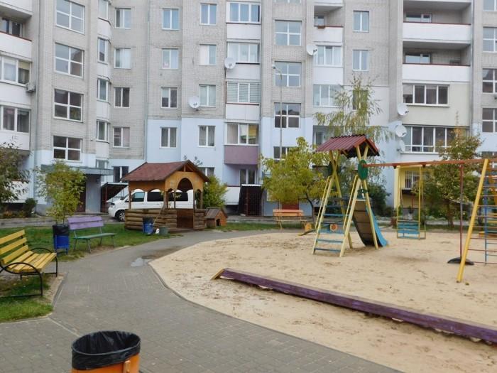 721df1f40b83b7 Місцини: на Кравчука,46 задоволені, бо проміняли «МЖК» на «Альянс ...