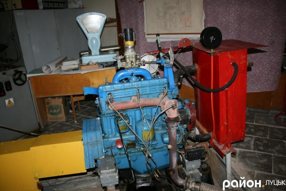 Перероблений дизельний двигун