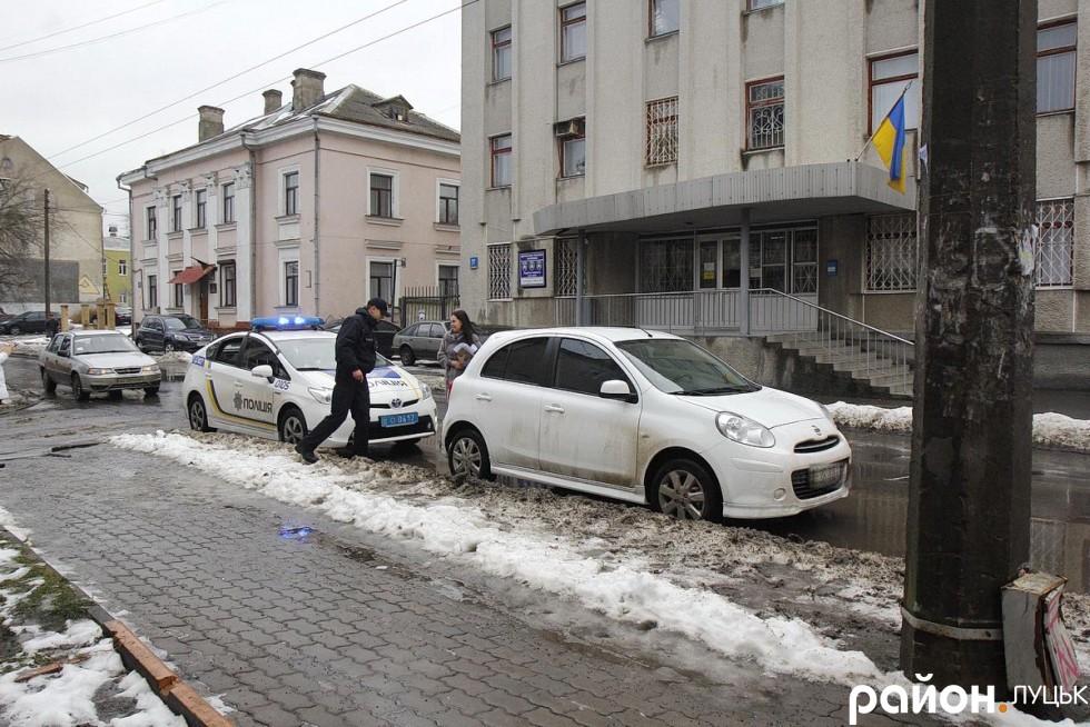 На Богдана Хмельницького патрульне авто натрапляє на ще одного порушника