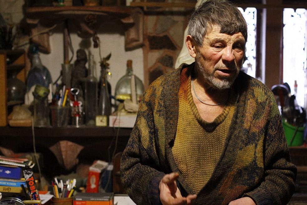 Микола Головань розповідає про свій химерний будинок