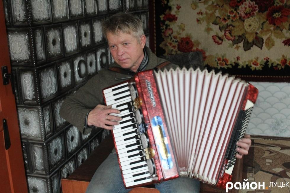 Павло Андрікевич складає власні мелодії