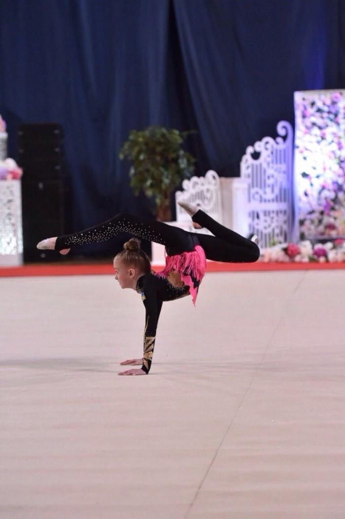 Юні лучанки привезли медалі з Києва