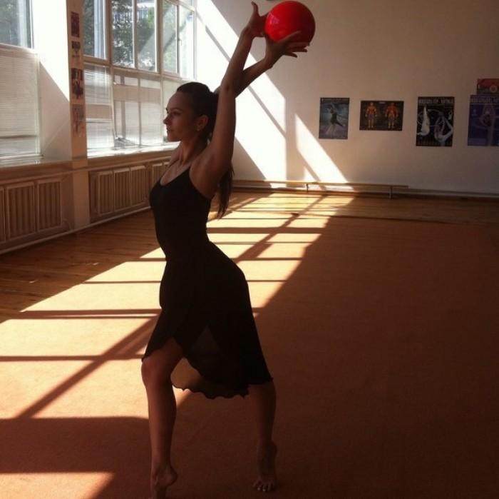 Гімнастка виконала норматив майстра спорту міжнародного класу в 16 років