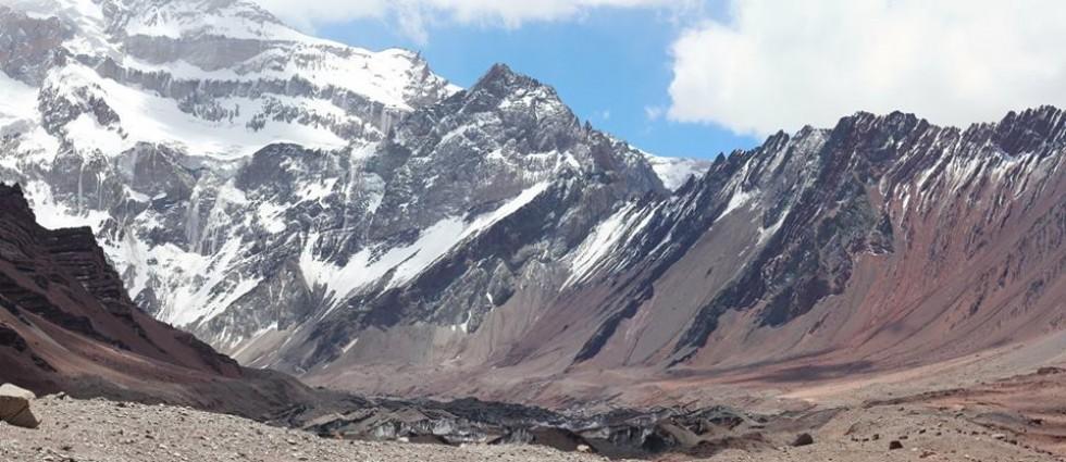 Вигляд на Аконкагуа з табору De la Pared Sur