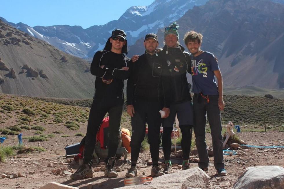 На горі луцькі альпіністи зустріли колег із Росії