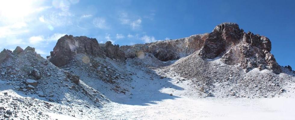 Кратер Охос-дель-Саладо, висота 6 800 м