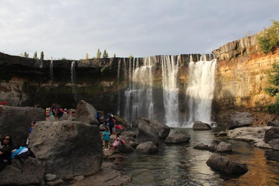 Водоспад Saltos del Laja в чилійському районі під назвою Лос-Анджелес