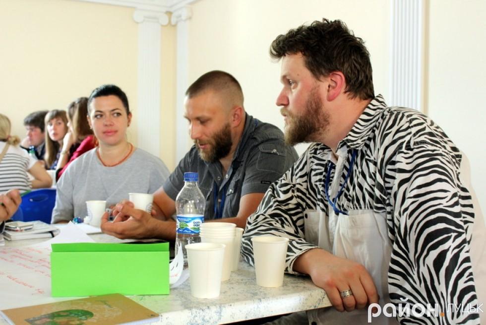 Ірина Осіпова, Сергій Шараєвський та Леонід Тивонюк активно працюють в групі