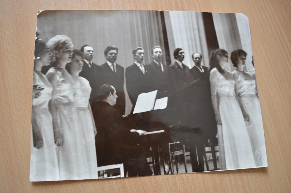 «Лебедям» акомпанує сам Георгій Мірецький