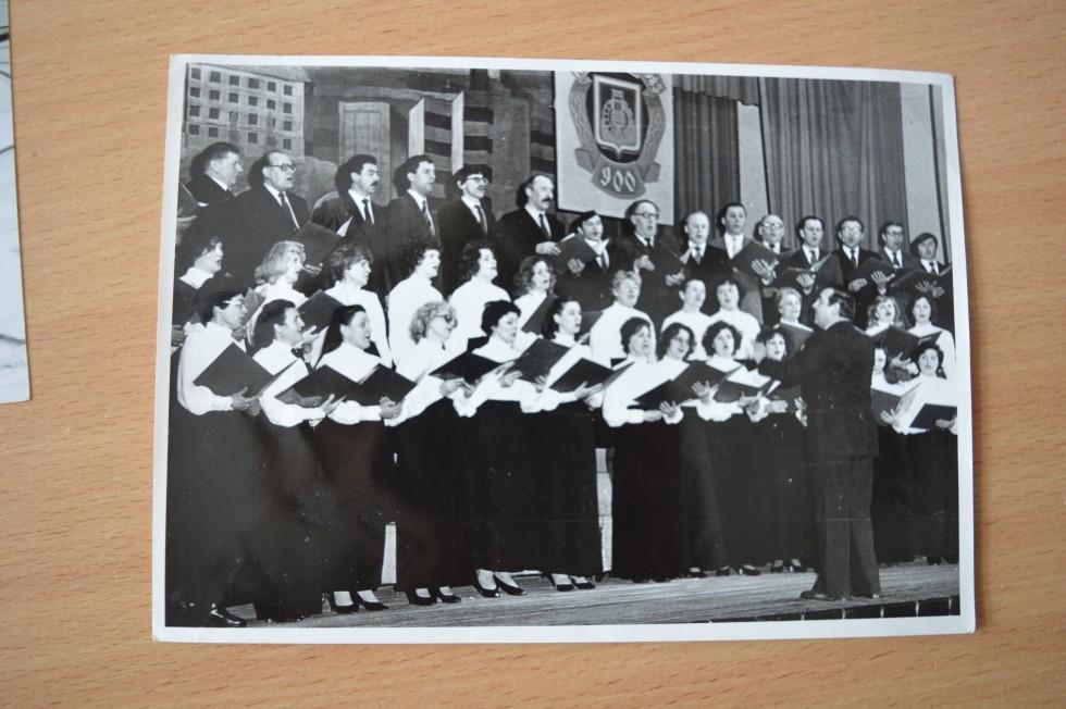 Мірецький також розписав партитури для волинської народної пісні «Сива зозуленька». Були підготовлені, але не встигли виконати «Поргі і Бесс» Гершвіна та «Місячне сяйво» Дебюсі