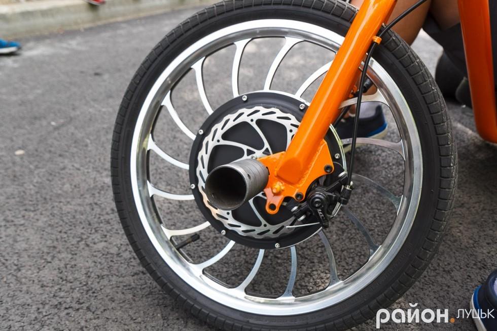 Ось таке мотор-колесо коштує 16 тисяч гривень