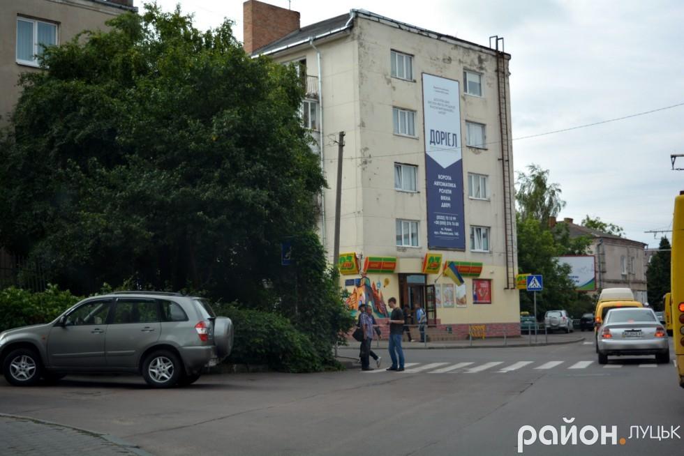 Богдана Хмельницького: ось цьому дорожньому знаку вся редакція віддала пальму першості