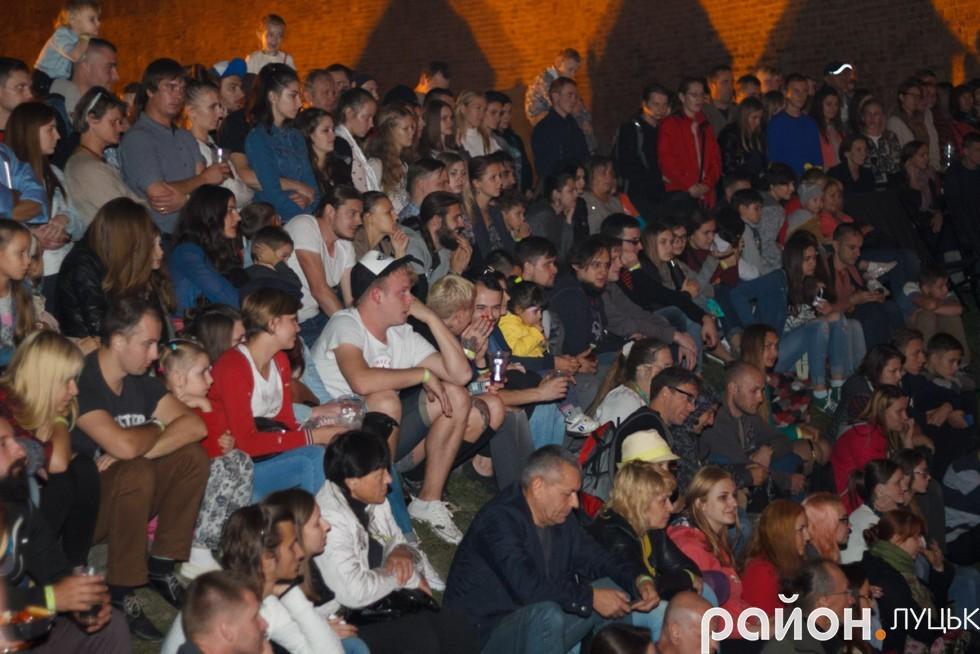 Публіка добре сприйняла вистави поза межами театру
