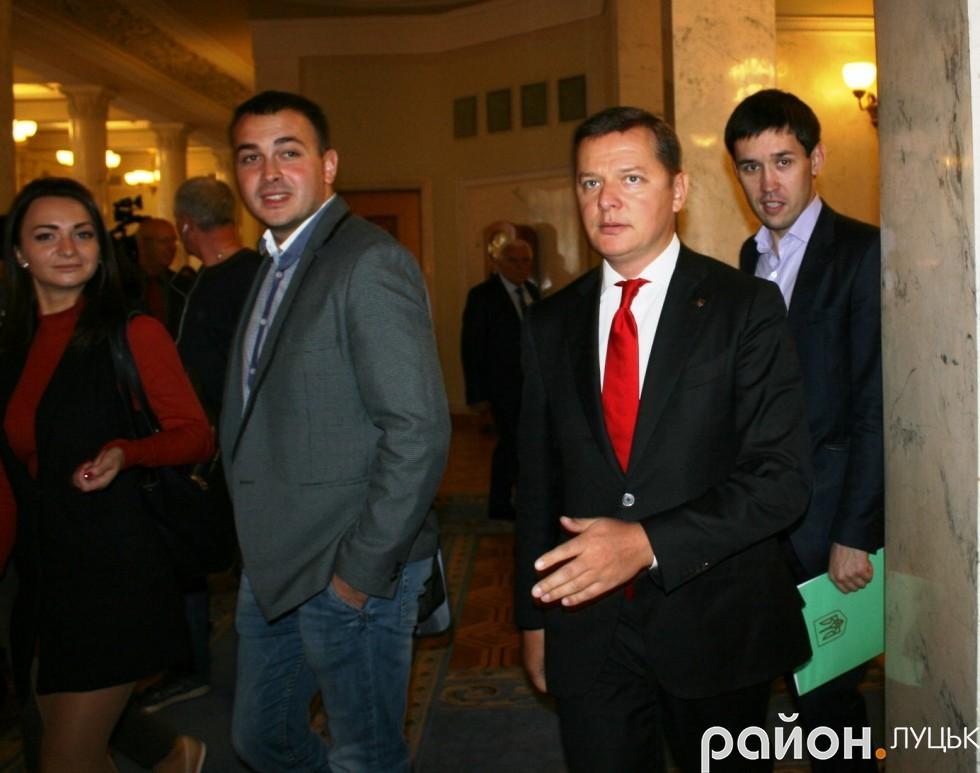 Депутат Олег Ляшко на засідання прийшов завчасно