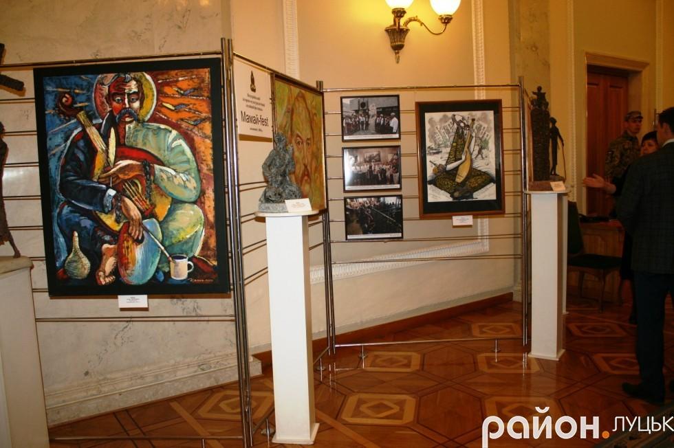 Цього разу свої роботи презентують учні дитячої художньої школи І.Г. Першудчева з міста Кам'янське