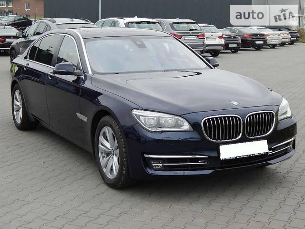 «BMW 750LD». Ілюстраційне фото із auto.ria.com