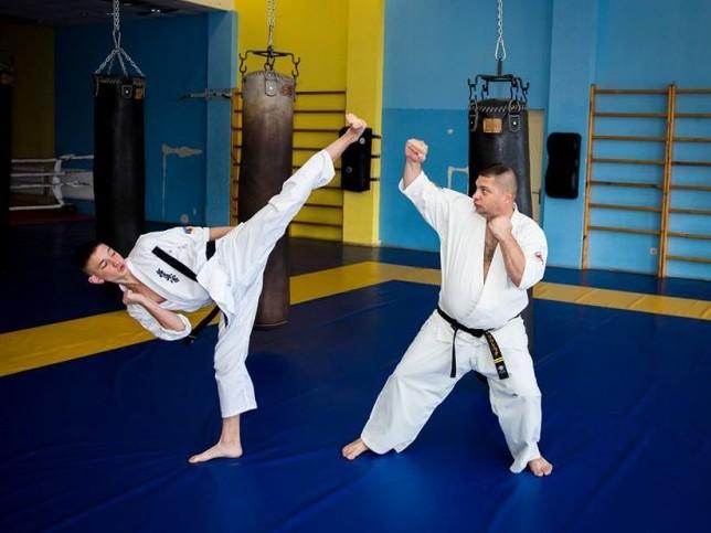 Чемпіон Андрій Ткачук (ліворуч) тренується з п'яти років