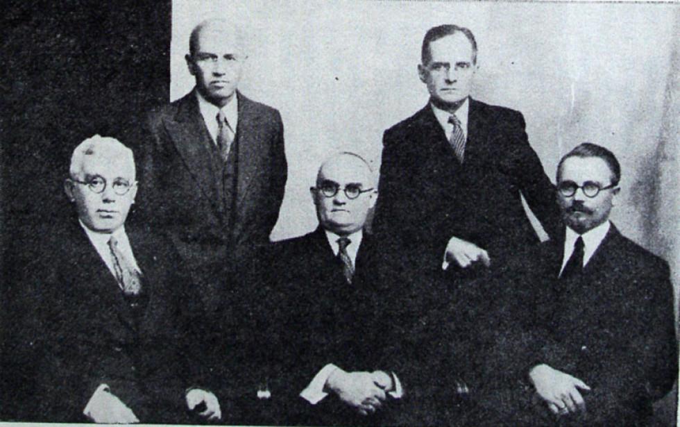 Особовий склад УЦК в Польщі. Микола Ковальський – в першому ряду посередині