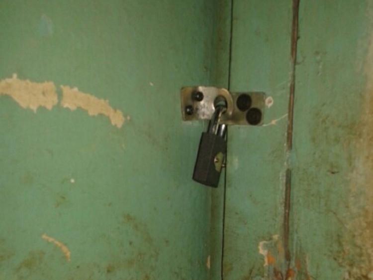 Закрите приміщення загального туалету, яке Данилюки отримали після розподілу