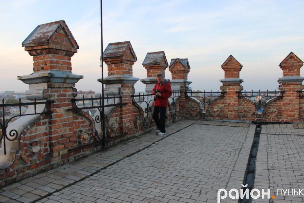 Звідси Віктор Чухрай «ловив» сотні заходів сонця