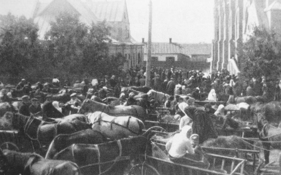 Німці Гнідави і інших колоній парафії з'їхалися на богослужіння до луцької кірхи