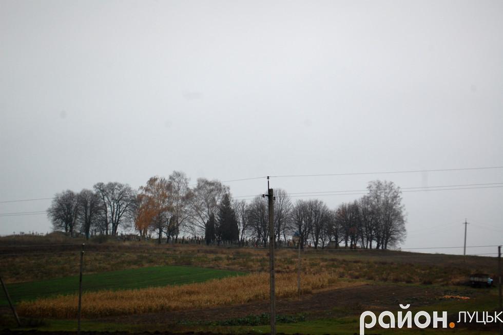 Кладовище у селі Цеперів