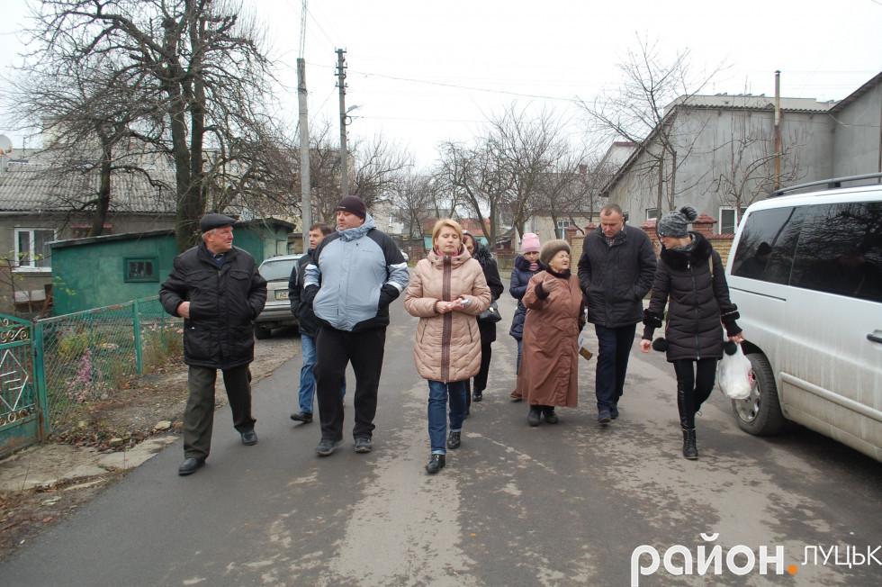 Петро Нестерук пройшовся вулицями, розповів те, що вже вдалося зробити, і вислухав пропозиції лучан
