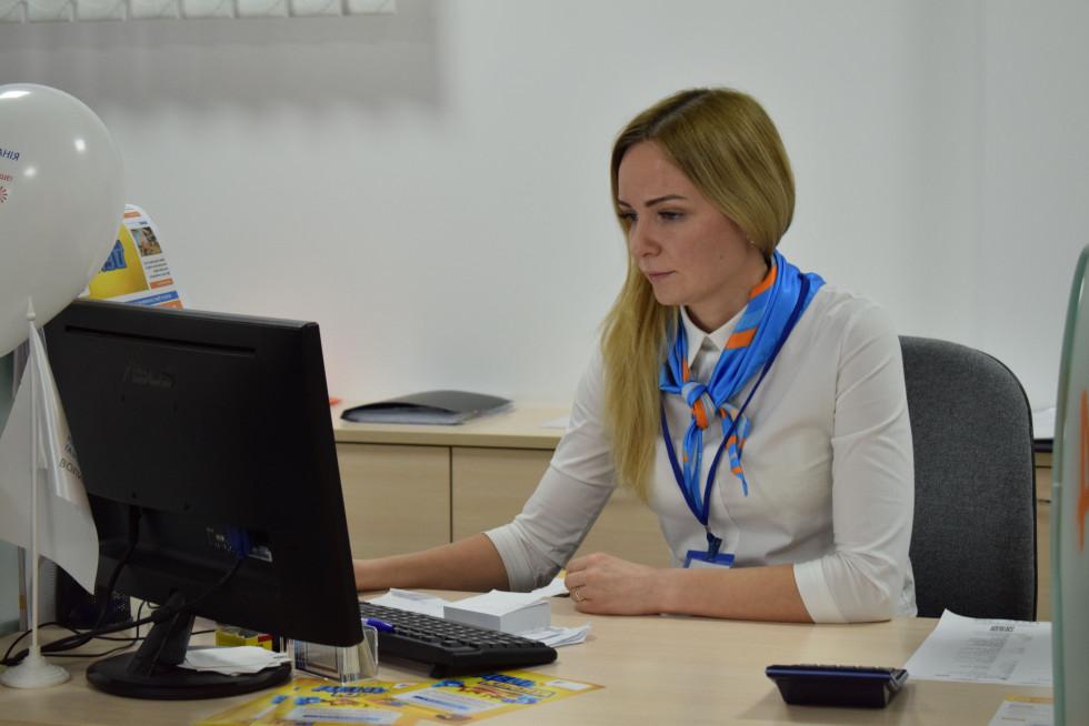 Ольга Тимощук фахівчиня з обслуговування клієнтів