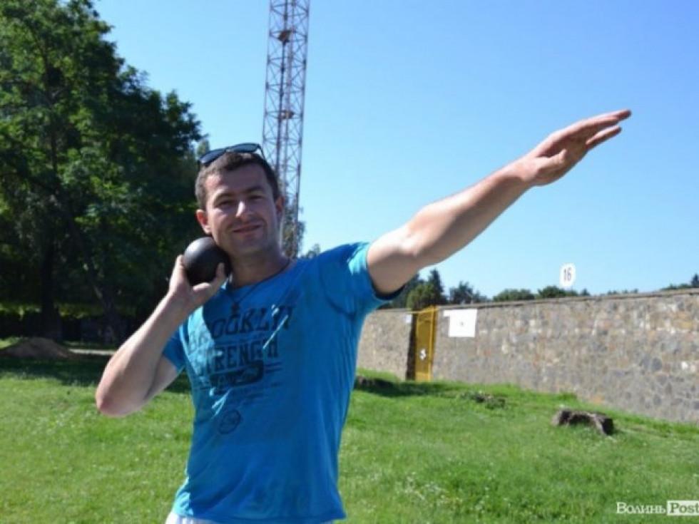 Сергій кинув ядро на 13 метрів 71 сантиметр