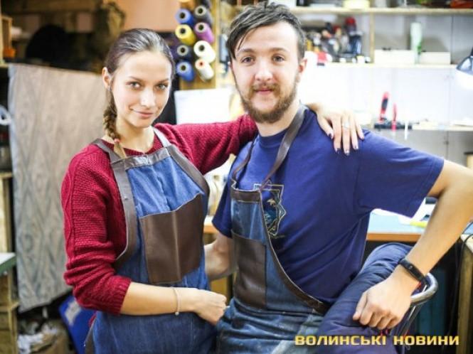 Майстер Степан Цимбалюк з дружиною Анною