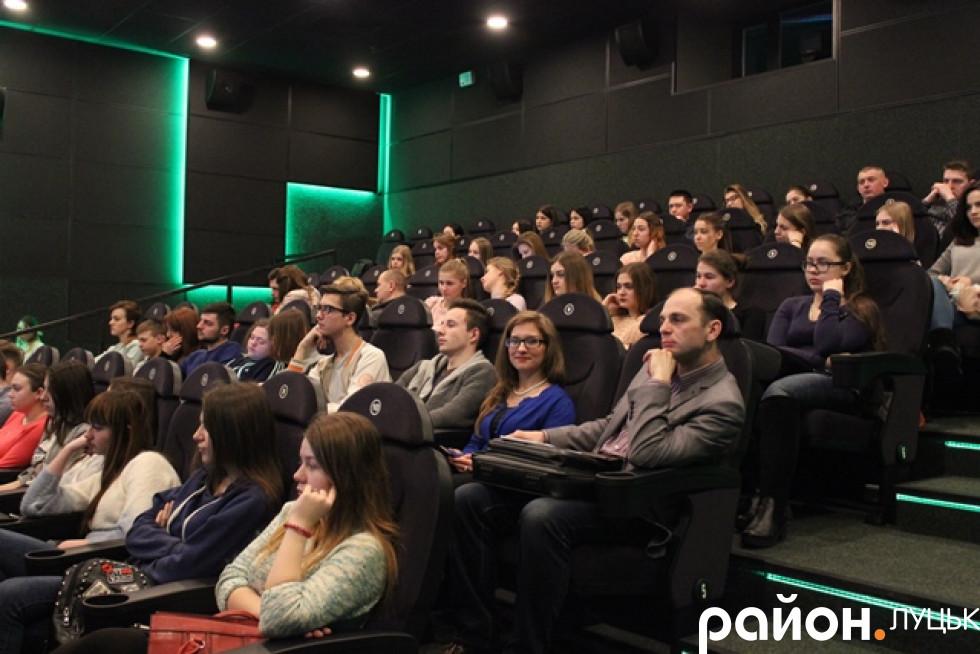 Відвідали лекцію кількадесят учасників