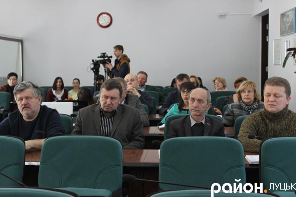 Обговорити концепцію облатування території зібралися підприємці, депутати, архітектори та художники.