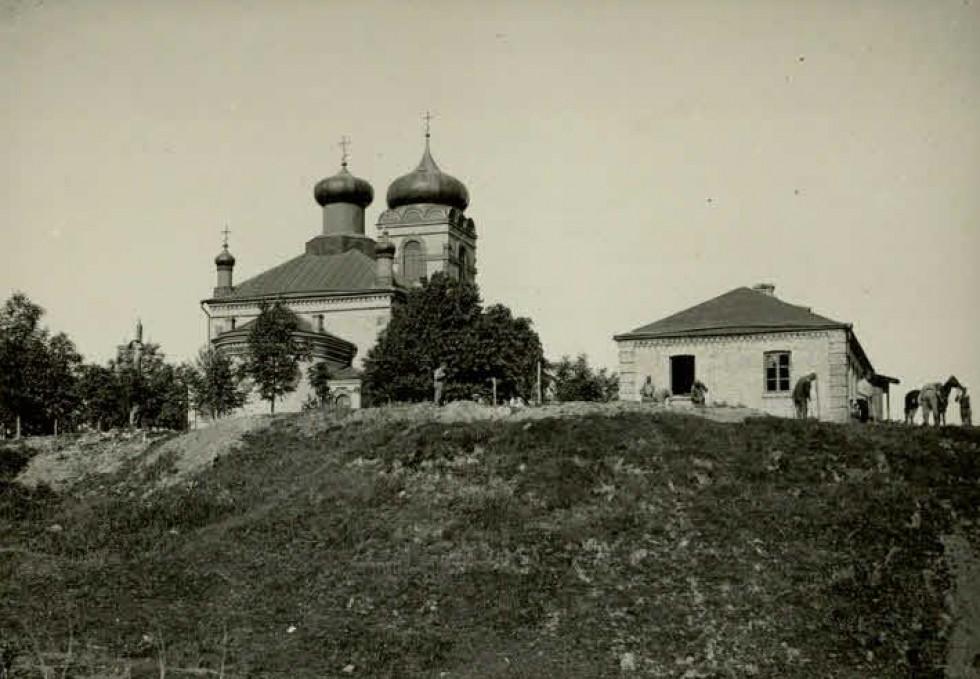 Так виглядав місцевий храм на початку ХХ століття