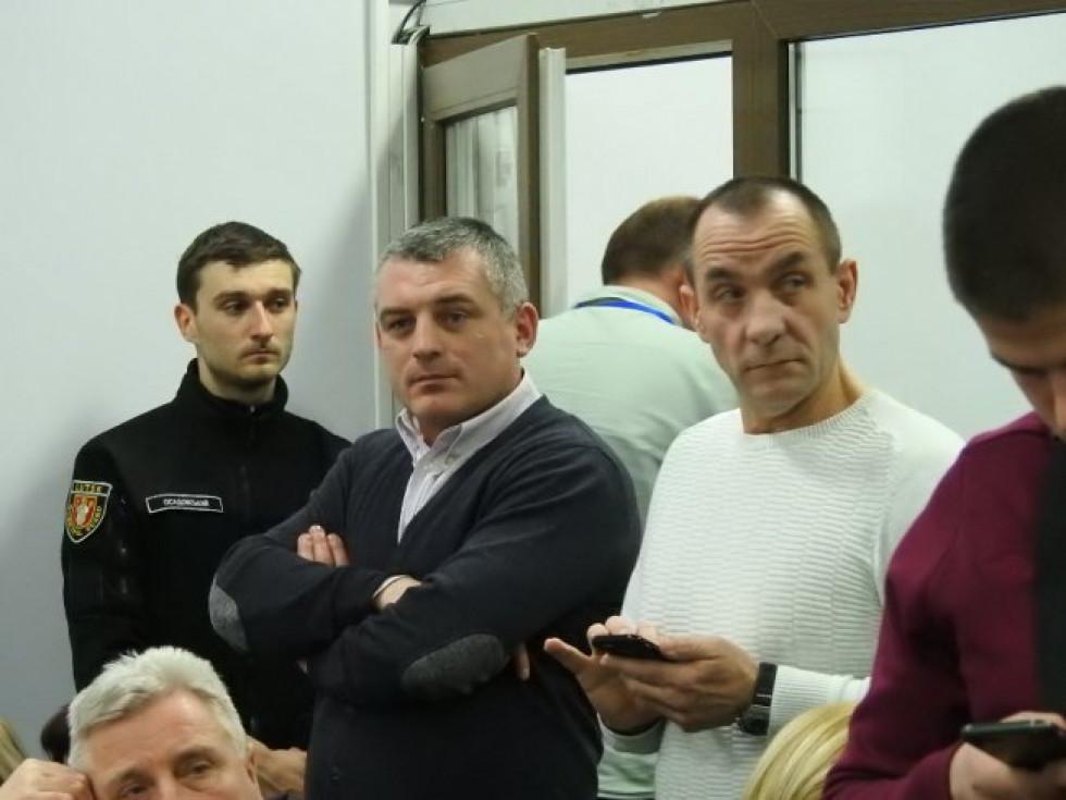 Що робили Балабеники «з гарячих 90-тих» на скандальній сесії Луцькради