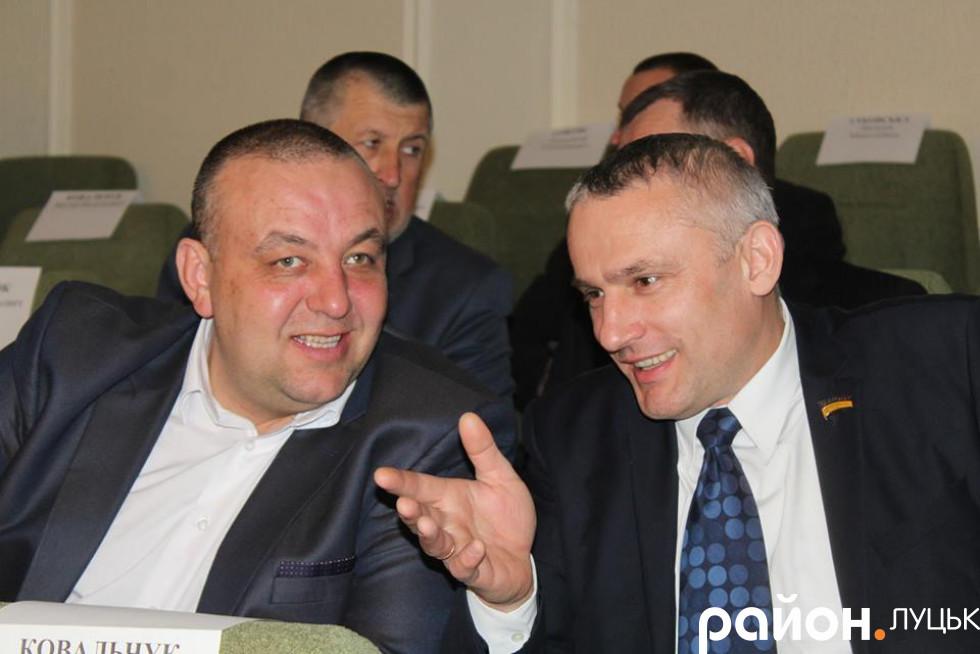 Ліворуч: Анатолій Мельник