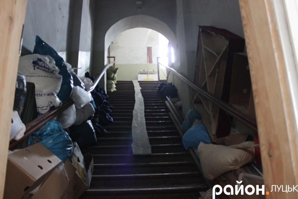 У приміщенні монастиря триває ремонт