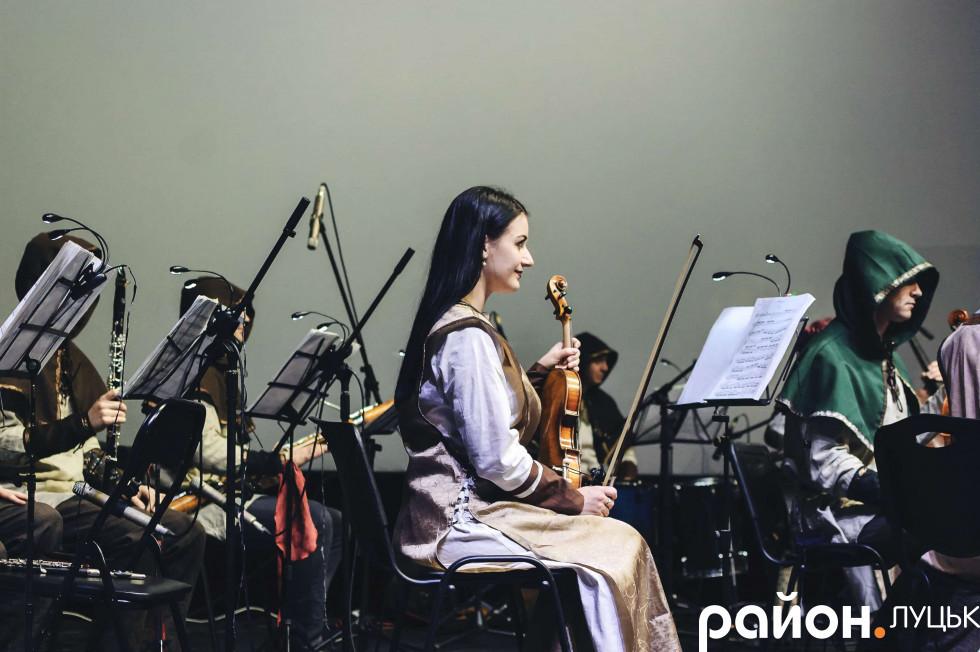 Музиканти були у традиційних фентезійних костюмах