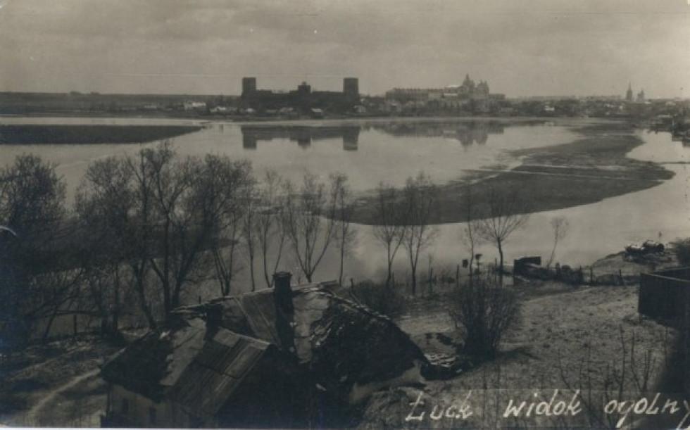 У міжвоєнний час вул. Матейка виходила на Болеслава Хороброго (пр.Волі). Звідси відкривався вид на старе місто Луцька