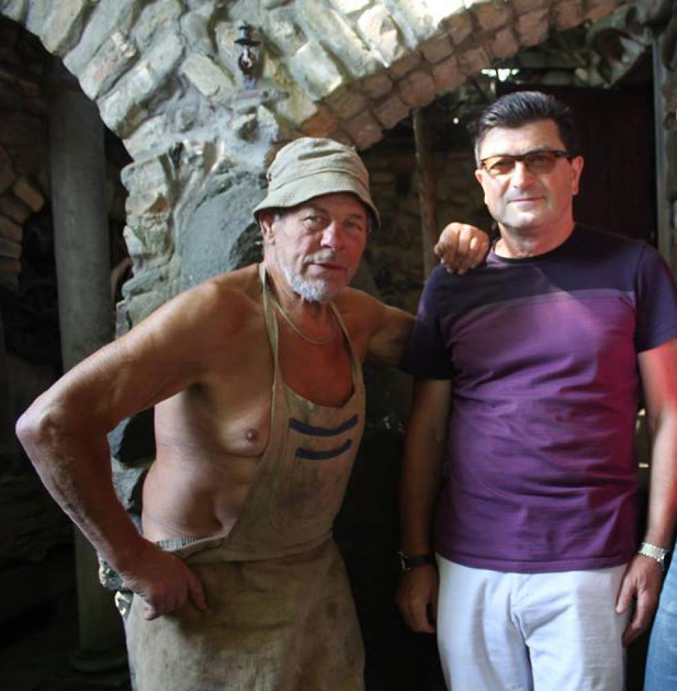 Скульптор Микола Головань (зліва) й організатор міжнародного проекту культурно-професійних обмінів Володимир Павлік (справа)