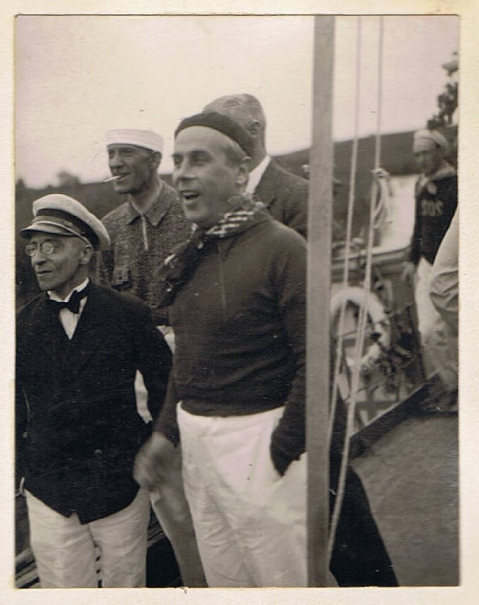 Фото з прогулянки Стиром «Трансатлантиком з Луцька до Рожища», 1934. На фото Г. Юзефський.
