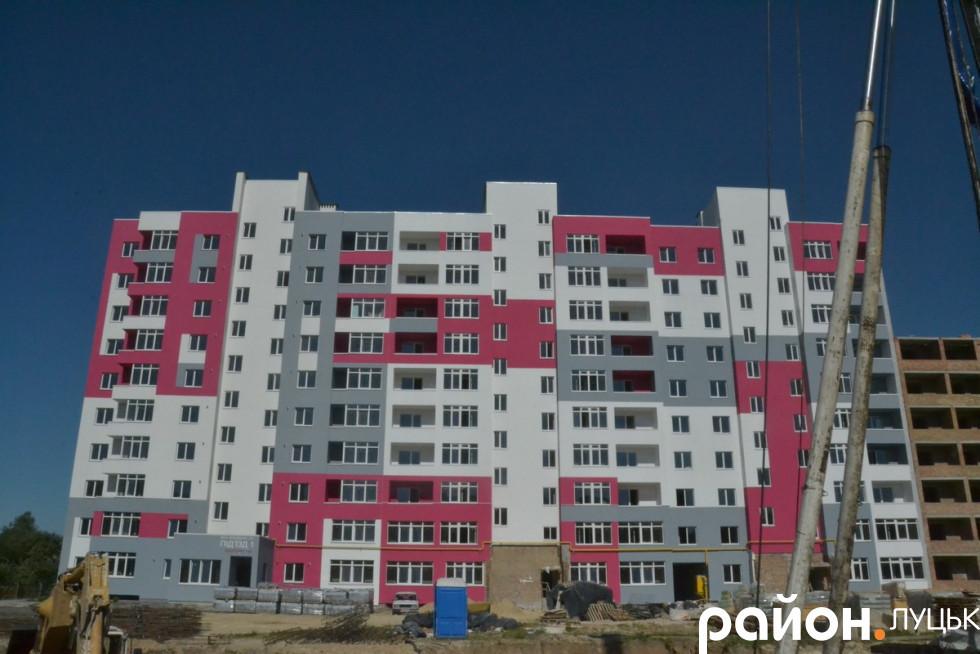 Як будують житловий комплекс
