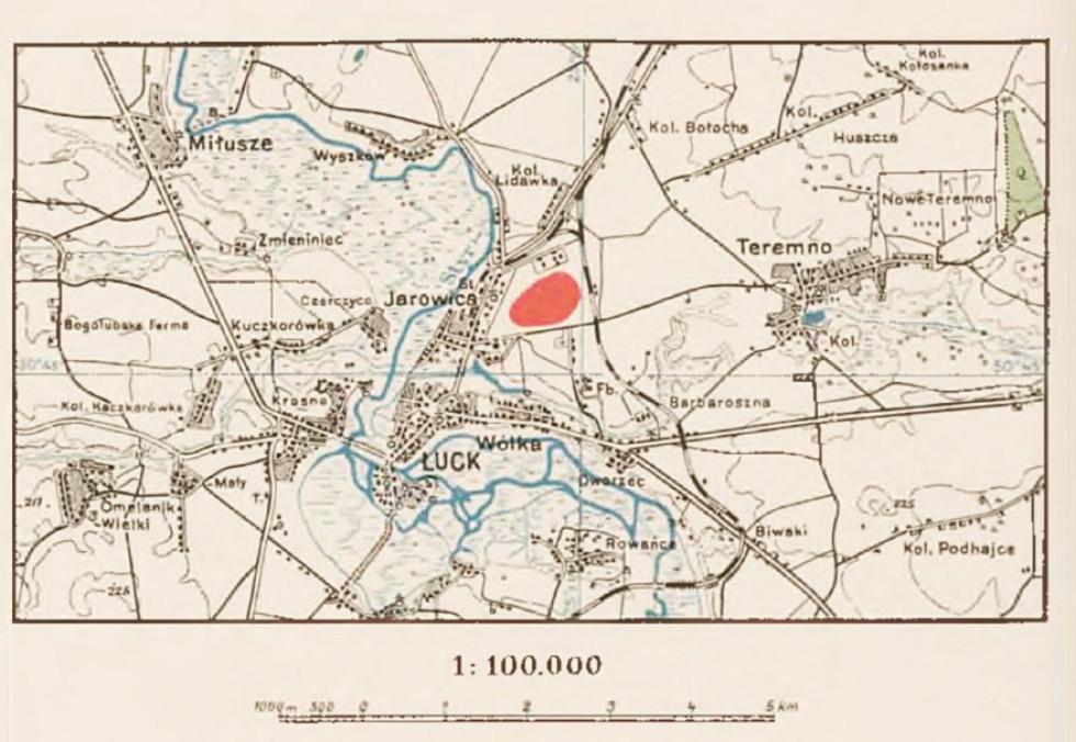Мапа Луцька та околиць із позначеним червоним кольором аеродром, 1933 р.