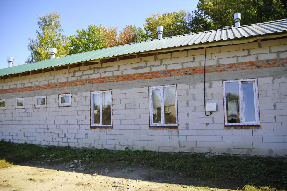 Нова будівля, де зараз працює адмінперсонал