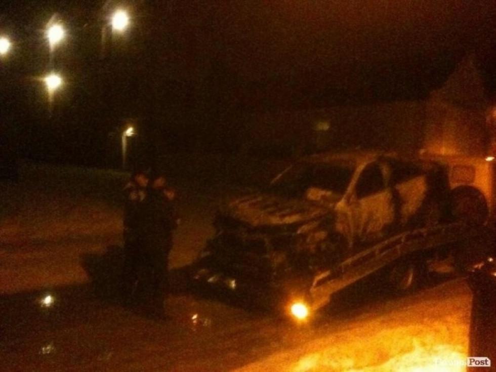 Спалене авто Андрія Козюри. Фото: Волиньпост