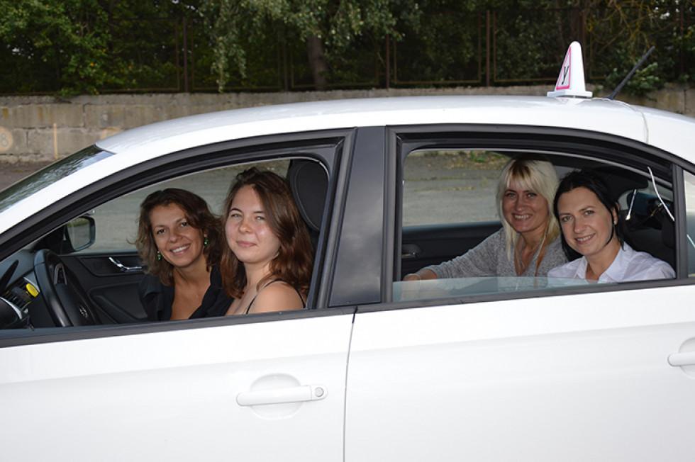 Тетяна Могилецька і її учениці Тетяна, Наталя і Оксана