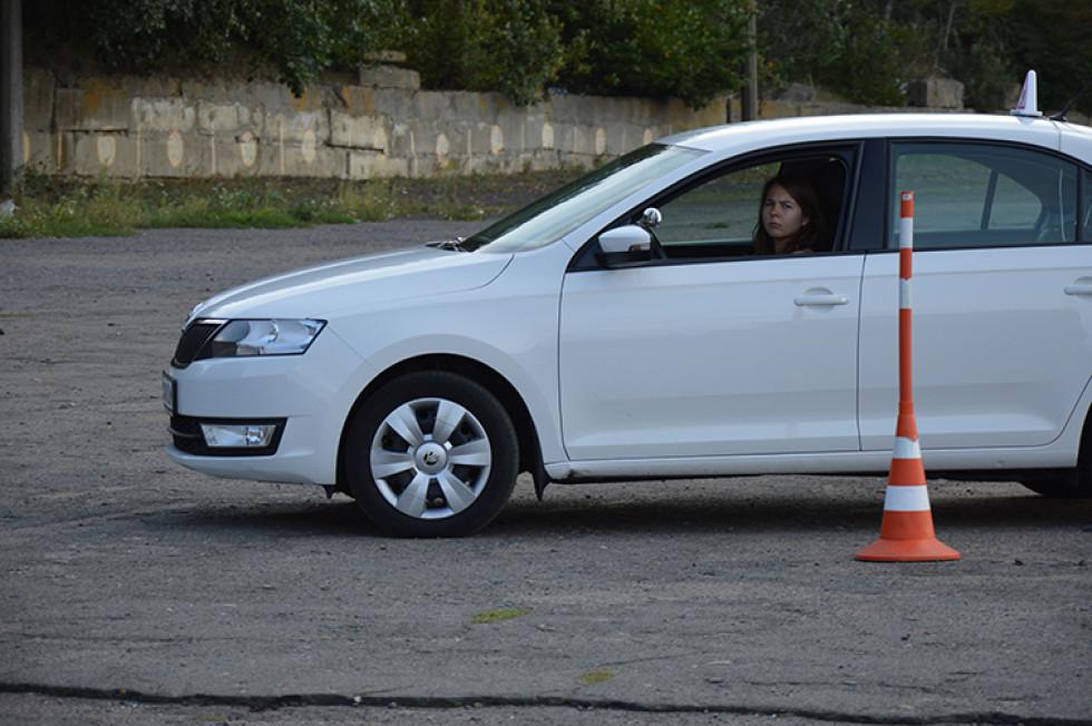 Оксана давно мріяла сісти за кермо автомобіля