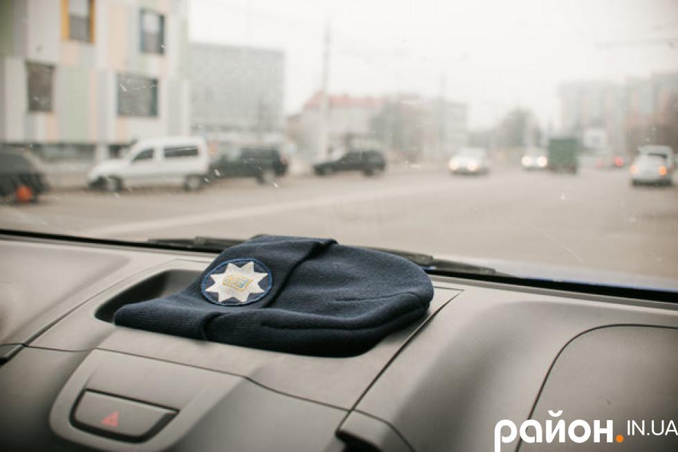 Луцьк крізь вікно патрульної машини