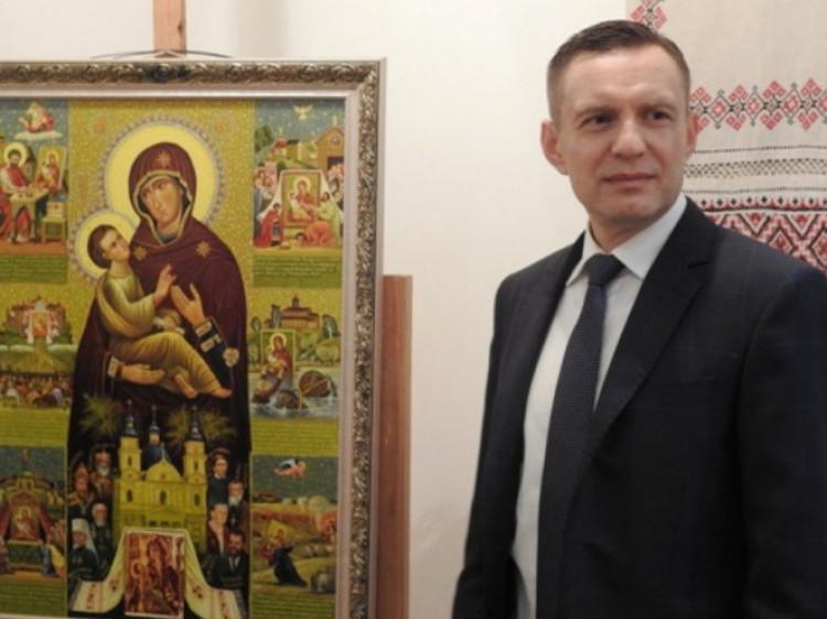 Дмитро Глазунов із оригіналом Ікони Холмської Чудотворної Божої Матері