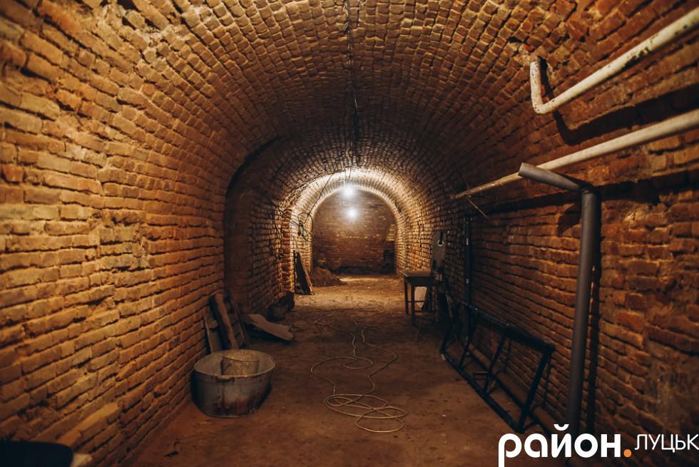 Підземні келії монастиря єзуїтів